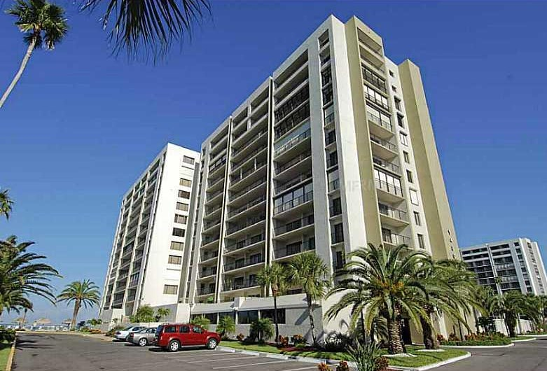 CLEARWATER POINT Condo